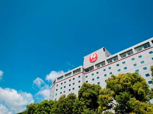 ホテル日航成田が「ホテルの思い出エッセイコンテスト」開催 審査委員長はホテル評論家・瀧澤信秋さん