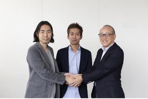 左から、ピースオブケイクCXO深津貴之さん、ピースオブケイクCEO加藤貞顕さん、日本経済新聞渡辺洋之さん