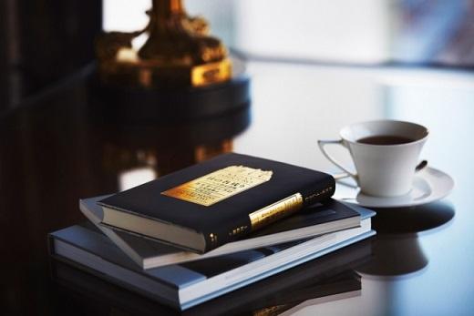 ザ・リッツ・カールトン大阪が読書の秋を愉しむ「ザ・リッツ・カールトン ブッククラブ」を開催 梅田 蔦屋書店のコンシェルジュを招いて初開催