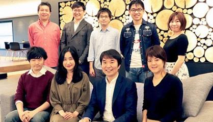 (下、右から二番目が本書の著者の大賀CEO)