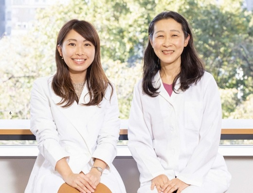 著者の林美彩さん(左)と監修の古山範子さん(右)