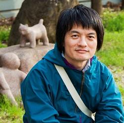 小説家・太田靖久さん(撮影:金川晋吾さん)