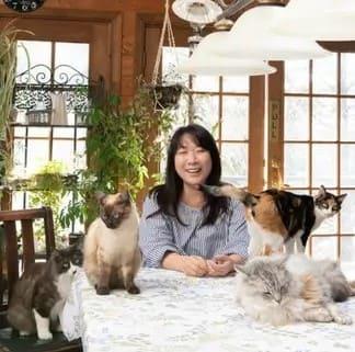 村山由佳さんと村山家の猫たち